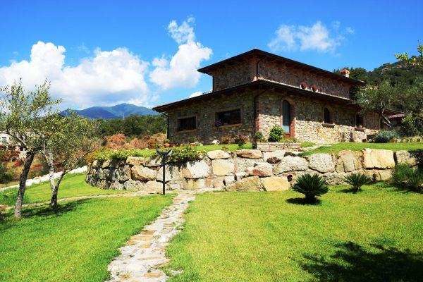 Casal Velino - Villa Singola con Giardino