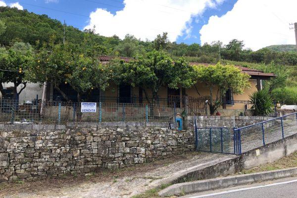 Lustra, fraz. Pontirossi – Villa Singola