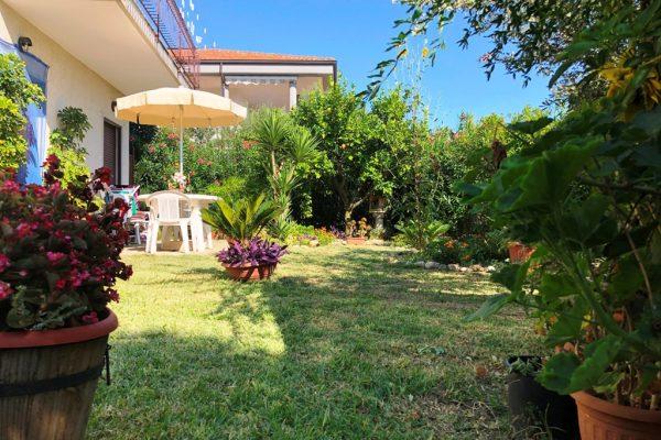 Marina di Casal velino - Villetta con giardino